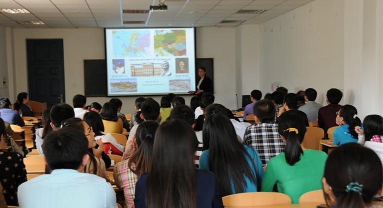 Materials prof katarzyna matras postolek visited ujn university